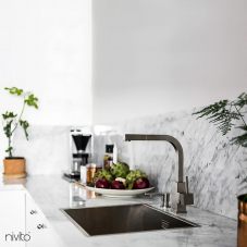 Brushed steel mixer tap single lever mono tap